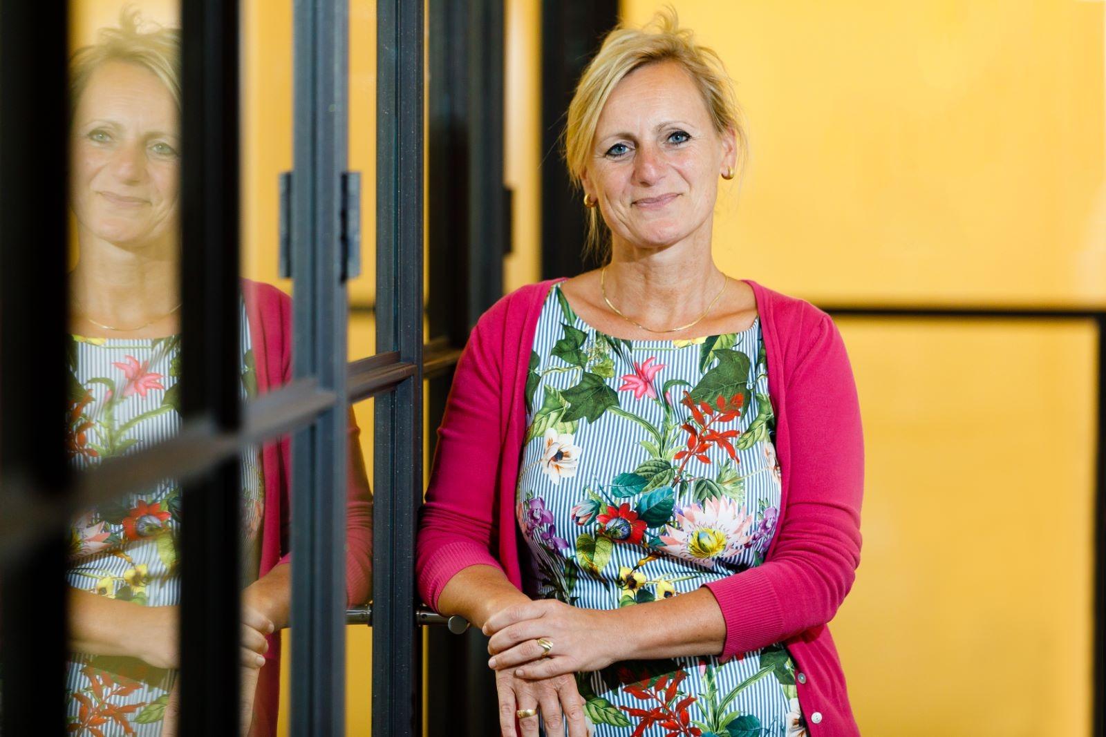 Doesburgse wethouder van Veldhuizen roept op tot sporten